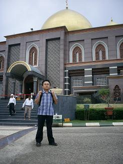 Masjid_Kubah_emas
